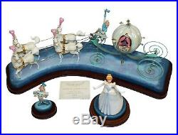 WDCC Cinderella & Coach Off to The Ball #1215509 Mint in Box withCOA