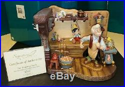 WDCC Pinocchio Geppettos Workbench The Finishing Touch #1217956 MIB withCOA