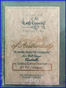 Wdcc Disney Cinderella A Lovely Dress For Cinderelly Le 4770/5000 Dome Box Coa